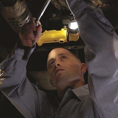 Akumulatorowa latarka kątowa Knucklehead Flood, Fast 12V DC, kol. żółty, 200 lm